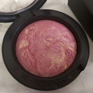 MAC Cosmetics Daft Pink Mineralized Blush LE